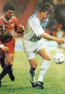 David Ginola devance Pascual (HAC Foot Archives)