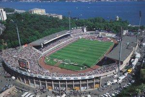 Le stade Inönü