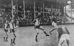 Jean-Claude Bras à la lutte avec Brenier (HAC Foot Archives)
