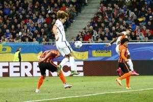 Photo Ch. Gavelle, psg.fr (image en taille et qualité d'origine: http://www.psg.fr/fr/Actus/105003/Galeries-Photos#!/fr/2015/3390/53961/match/Donetsk-Paris-0-3/Donetsk-Paris-0-3)