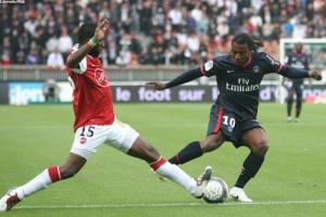 Photo Ch. Gavelle, psg.fr (image en taille et qualité d'origine: http://www.psg.fr/fr/Actus/105003/Galeries-Photos#!/fr/2009/1923/22421/match/PSG-Valenciennes/PSG-Valenciennes-2-2)