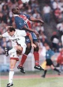 Alain Goma à la lutte...