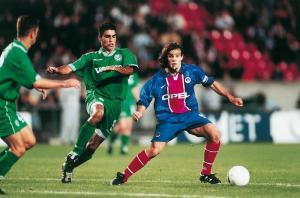 Marco Simone, qui aura bien cru offrir une courte victoire aux siens...