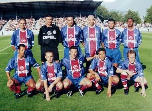 Les Parisiens avant le 1er coup d'envoi de la saison : Rodriguez, Casagrande, Rabésandratana, Leroy, Algérino, Okpara, Benarbia, Hiroux, Ducrocq, Robert et Llacer