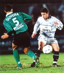 Edwin Murati face à Oliveira