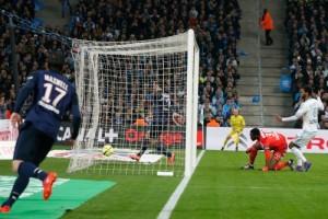 Photo Ch. Gavelle, psg.fr (image en taille et qualité d'origine: http://www.psg.fr/fr/Actus/105003/Galeries-Photos#!/fr/2015/3166/57368/match/Marseille-Paris-1-2/Marseille-Paris-1-2)