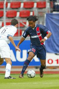 Ronaldinho en dribble