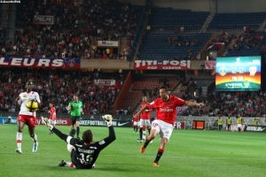 Photo Ch. Gavelle, psg.fr (image en taille et qualité d'origine: http://www.psg.fr/fr/Actus/105003/Galeries-Photos#!/fr/2010/2037/25747/match/PSG-Nancy/PSG-Nancy-2-2)