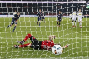 Photo Ch. Gavelle, psg.fr (image en taille et qualité d'origine: http://www.psg.fr/fr/Actus/105003/Galeries-Photos#!/fr/2016/3689/65513/match/Paris-Angers-2-0/Paris-Angers-2-0)