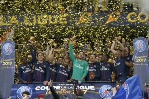 1617_Monaco_PSG_CdL_Trophee